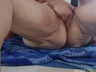 Whole hand in my pussy
