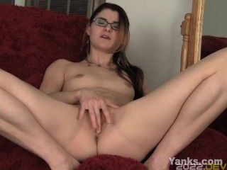 Small Breasted Lux Toying Snatch
