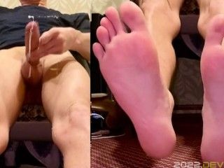 BIG DICK MASSIVE CUMSHOT WITH SEXY SOFT FEET VIEW