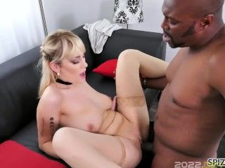 Spizoo - Big booty Maxim Law is fuckedby a moster cock