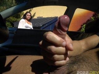 NICHE PARADE - Cock Flash In Alley For Sexy Latina